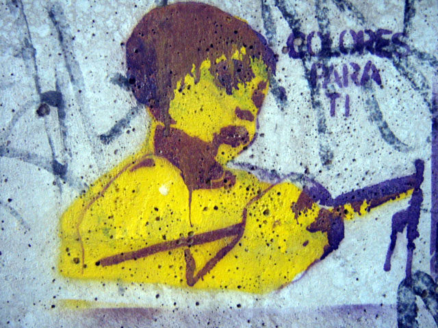 this is an image of a stencil that says: Colores para ti (Colors for you)