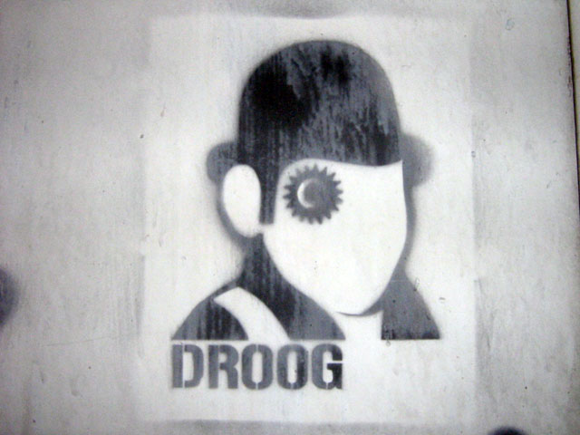 this is an image of a stencil that says: Droog
