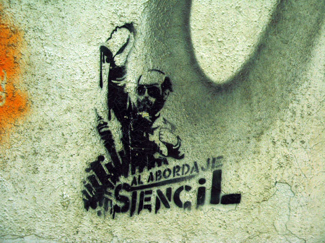 this is an image of a stencil that says: Al abordaje stencil (All onboard, Stencil!)